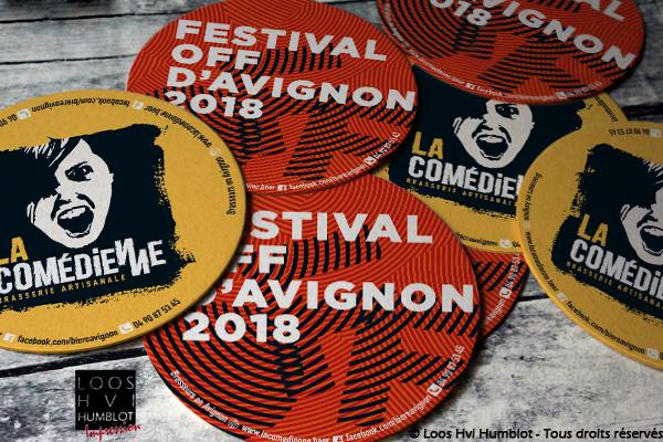 Sous-bock imprimé et personnalisé pour la Brasserie la comedienne et le festival d'avignon off 2018 par l'imprimerie Loos Hvi